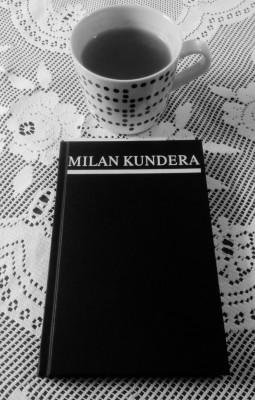 Milan Kundera: Kniha smíchu a zapomnění