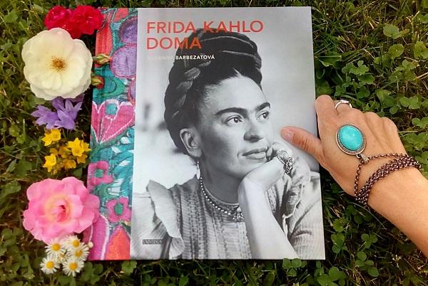 Suzanne Barbezat: Frida Kahlo doma